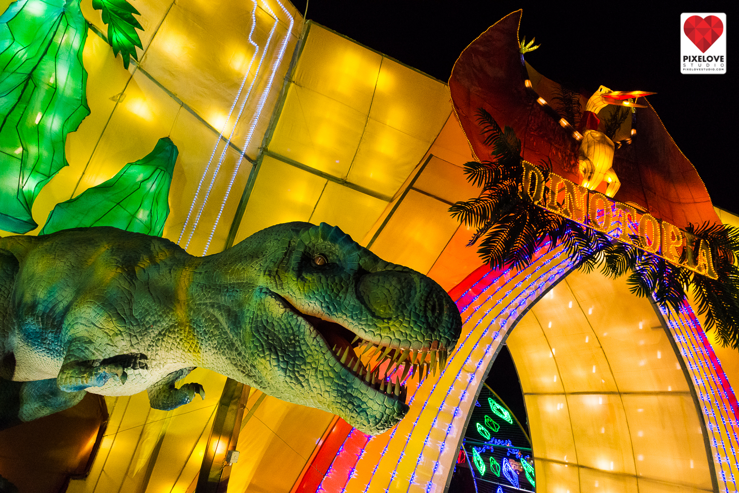 Enjoy Phoenix, Arizona and visit the Phoenix Art Museum, The Lights of the World and escape to teh resort Sheraton Grand at Wild Horse Pass.