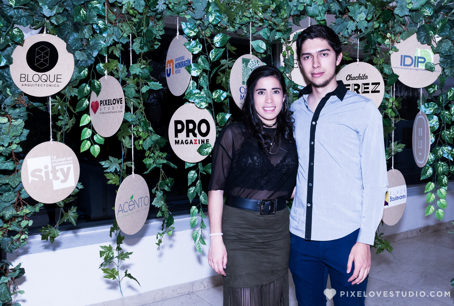pixelovestudio-instituto-via-disen%cc%83o-queretaro-presswall-2017-3